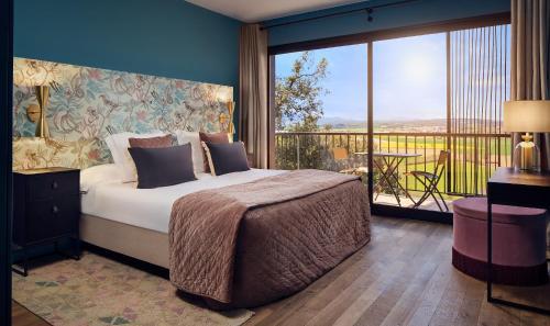 Garden room with balcony Hotel Castell d'Emporda 3