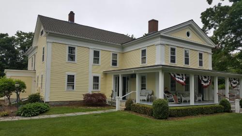Bushnell House