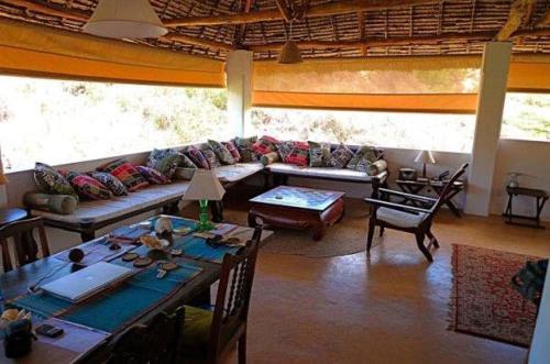 Deuli House, Lamu West