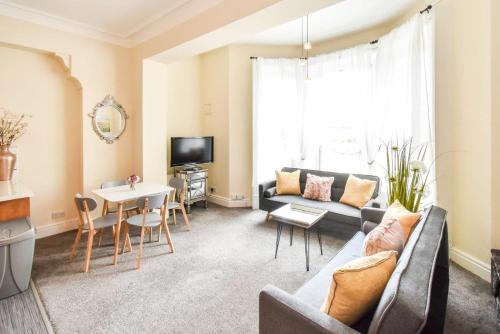 . Holgate Manor Apartment