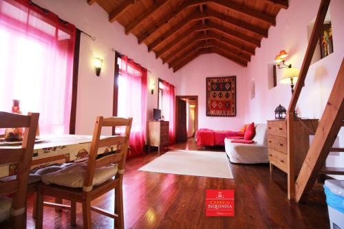 Casas Da Biquinha - Photo 4 of 37