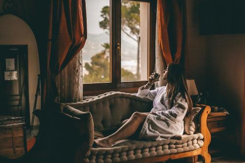 Junior Suite mit Balkon - Einzelnutzung Hotel Rural Masía la Mota 8