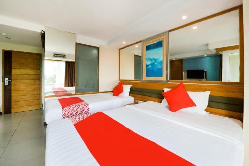 OYO 143 Dday Resotel Pattaya Hotel