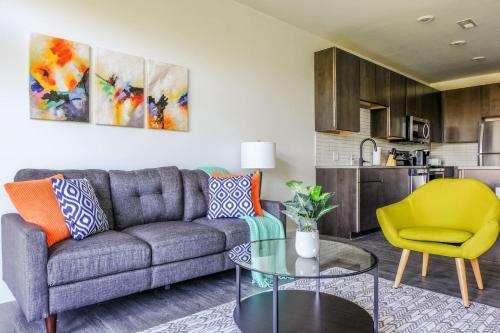 Frontdesk 480 Broad St Downtown Columbus Apts - Apartment - Columbus