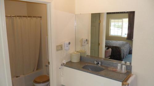 Budget Inn Of Lodi - Lodi, CA 95240