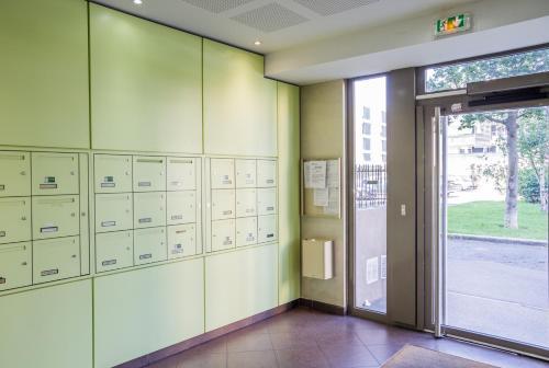 Appart'cosy Lyon Est - Apartment - Décines-Charpieu