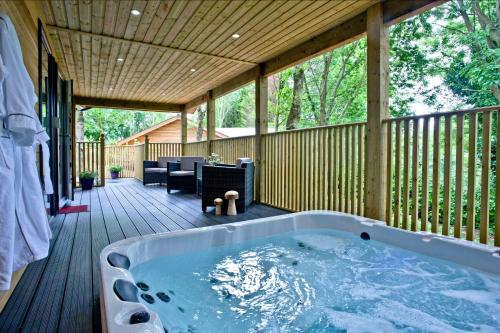 Cedar Lodge, South View Lodges, Exeter