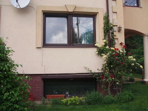 . Apartament Oscar Ożarów