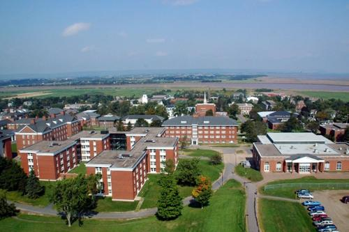 Backpacker College @ Acadia University (B&B)