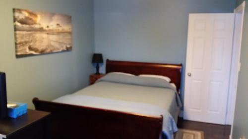 Parkside Suite - Photo 3 of 13