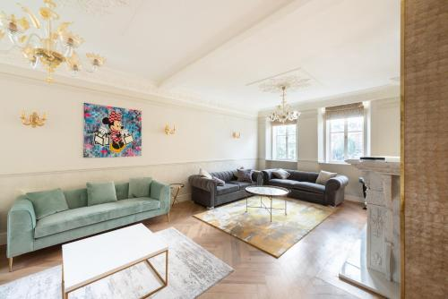 Luxury 3 Bedroom Ensuite Of Berkeley Square Mayfair
