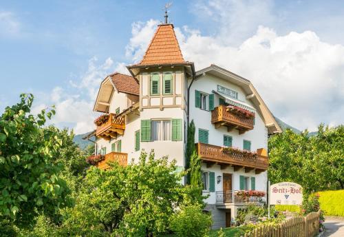 Gästehaus Seitzhof - Accommodation - Meran 2000