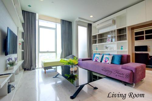 Prestige 2 Bedroom Apartment with Twin Tower View