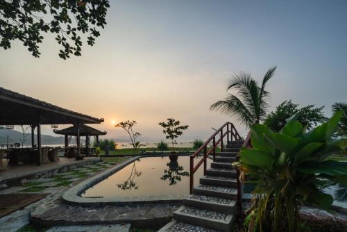 . Ketapang Resort