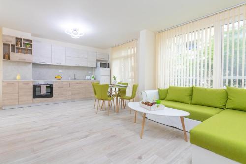 . Domus Apartments Grand