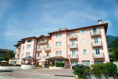 Hotel Bellaria - Levico Terme