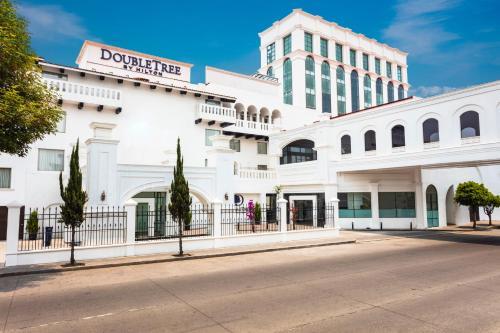 . Doubletree By Hilton Toluca