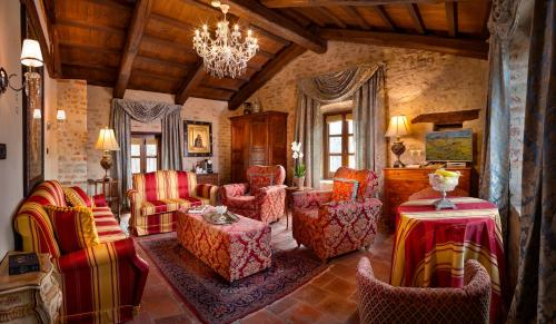 __{offers.Best_flights}__ Hotel Castello Di Sinio