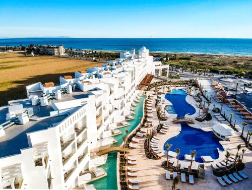 . Hotel Zahara Beach & Spa - Adults Recommended