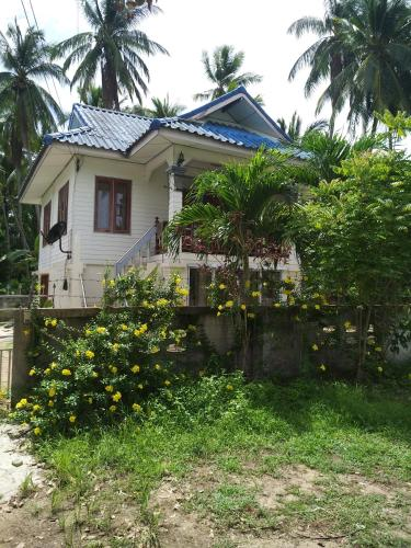 300 Meters From The Beach 2 Bedroom Wheel Chair Ready
