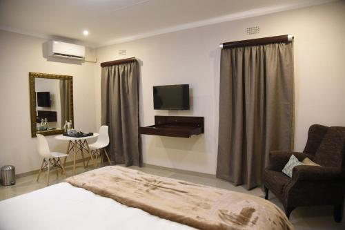 LaJoya Bed and Breakfast, Francistown