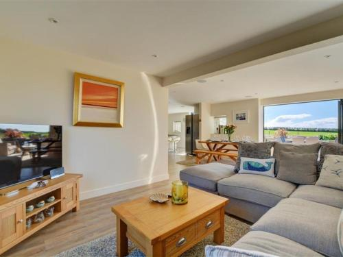 Holiday Home Parkenhead, St Merryn, Cornwall