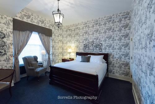 Inn on Broadway - Accommodation - Rochester