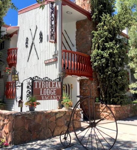 Tyrolean Lodge - Accommodation - Aspen