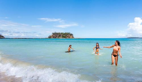 Фото отеля Barlings Beach Holiday Park