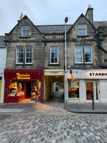 Market Street, St.Andrews 2-bed flat
