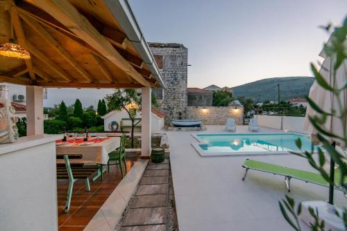 Seaside Villa Mia Trogir