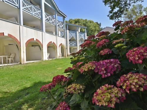 . Lovely Apartment in Moliets-et-Maa France with Swimming Pool