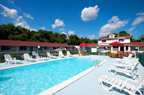 . Economy Motel Inn and Suites Somers Point