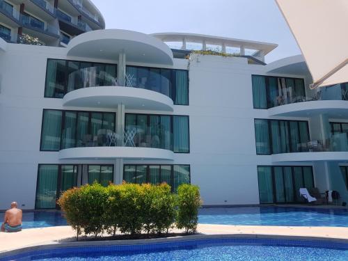 Twin Sands Resort & Spa Twin Sands Resort & Spa