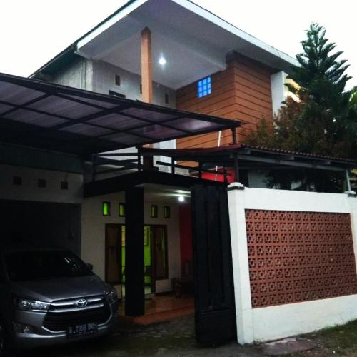 Heritage Guest House Godean, Sleman