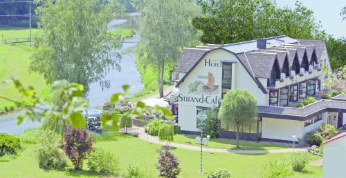 . Land-gut-Hotel Strand-Café
