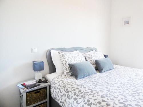 Cascais Riviera Apartments - Photo 6 of 24