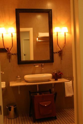 Double Room with Balcony La Posada de las Casitas 9