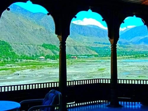 __{offers.Best_flights}__ Chitral Guest House