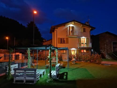 Taverna Relax Triangia - Apartment - Sondrio