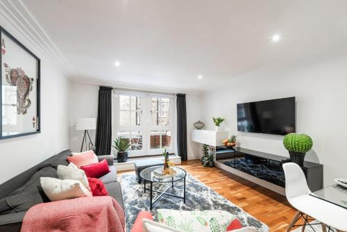 Covent Garden Apartment - By Sojourn