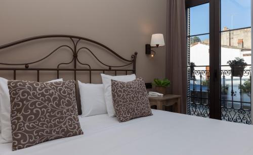 Doppel-/ Zweibettzimmer mit Straßenblick Hotel Diana 5