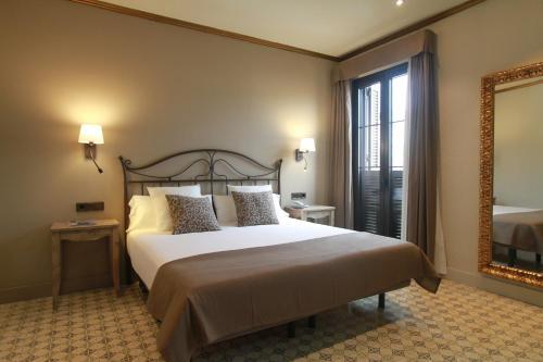 Doppel-/ Zweibettzimmer mit Straßenblick Hotel Diana 3