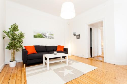 ApartDirect Sveavägen photo 16