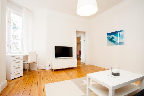 ApartDirect Sveavägen photo 19