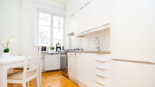 ApartDirect Sveavägen photo 22