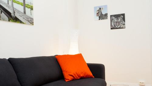 ApartDirect Sveavägen photo 25
