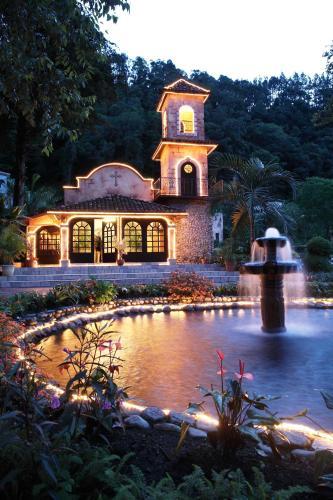 . Valle Escondido Resort Golf & Spa
