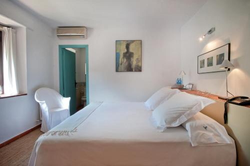 Double Room with Access to the Spa Mas Falgarona Hotel Boutique & SPA 2