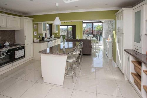 22 Spring Meadows, Dungarvan, Co. Waterford - House For